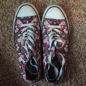 low top flower converse